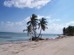 mahahual_beach_in_front_of_super_carolina1.jpg